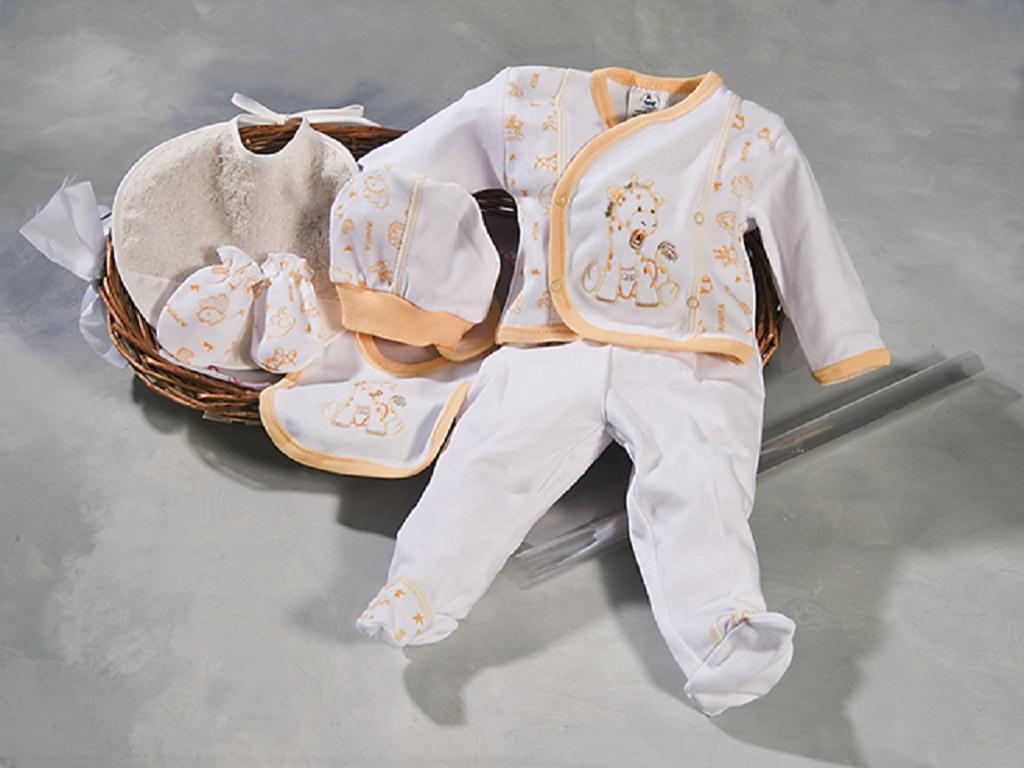 canastilla con pijama, gorro, manoplas, baberos, envuelta con celofan y lazada y entregada con globos